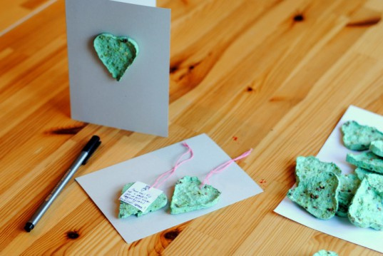 DIY, how-to, valentine, paper, recycled, plantable, seed, card, heart, craft, eco-craft, upcycled, garden