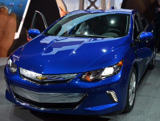 chevrolet announces 2016 volt specs at the detroit auto show inhabitat green design. Black Bedroom Furniture Sets. Home Design Ideas