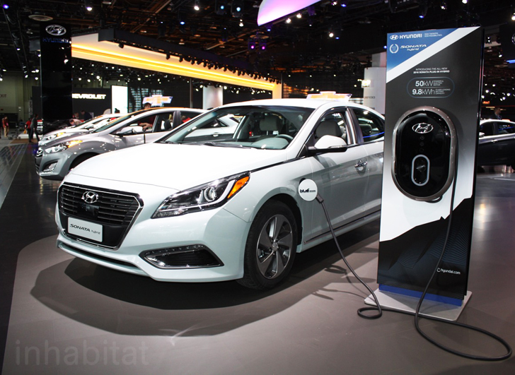 2016 Hyundai Sonata Plug In Hybrid Has A 22 Mile Electric Driving Range Inhabitat Green Design Innovation Architecture Building