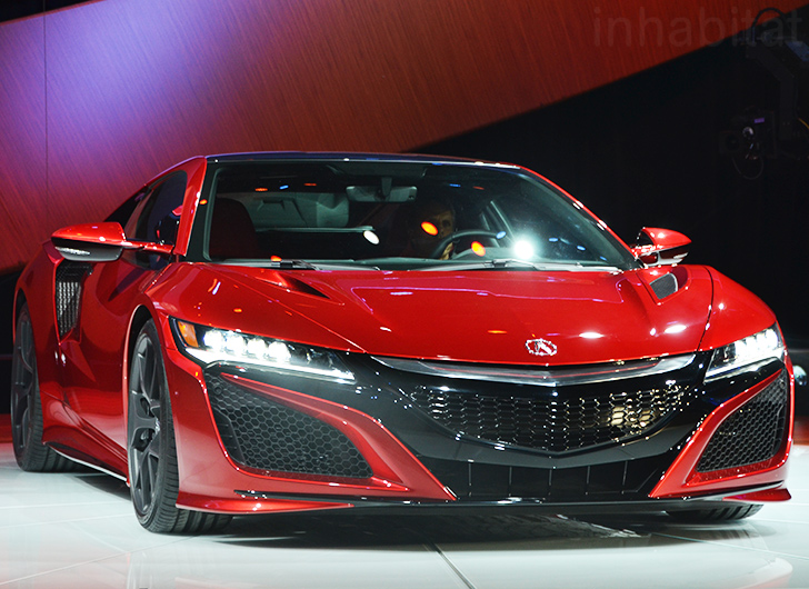 Acura Unveils Road Ready Nsx Hybrid Supercar At The Detroit Auto Show