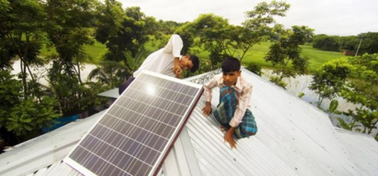 solar power, solar panels, Bangladesh, households, homes, off the grid, World Bank, first solar nation, nationwide, country, national, solar home systems, SHS, remote areas, power, energy, clean energy, sustainable energy