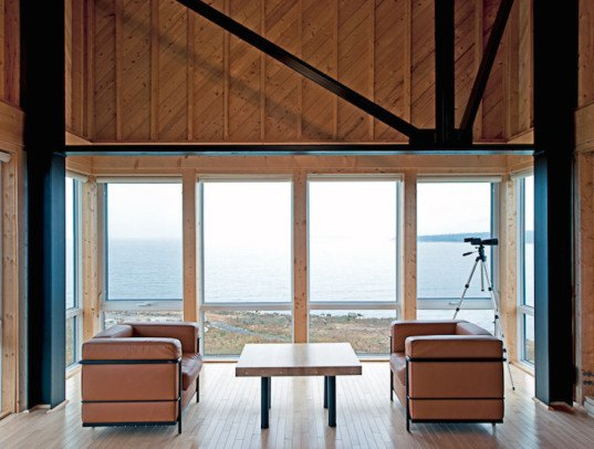 Cliff House, MacKay-Lyons Sweetapple Architects, freeze-thaw cycles, minimalist cabin, cabin, retreat, weekend getaway, passive solar, passive solar gain, affordable cabin, cedar shiplap, timber cabin, Nova Scotia, Atlantic coast,