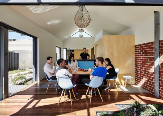 Andrew Maynard Architects, Cut Paw Paw, Cut Paw Paw home, Australia, Australian architecture, victoria, energy efficiency, passive solar gain, studio, glass infill, collarbone profile, Trombe wall, double glazing, white roof,