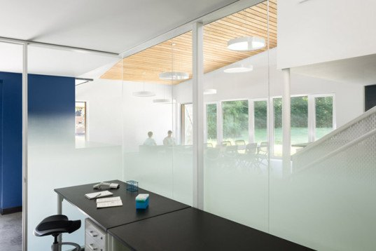 GO Logic, Chicago University, passive, Warren Woods Ecological Field Station, first Passive House-certified laboratory, cedar-clad, untreated cedar, gradient glass, natural light, concrete floor, thermal mass,