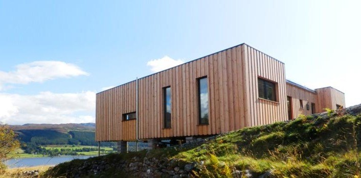 Sealoch House Is A Cozy Prefab Home In The Scottish Highlands