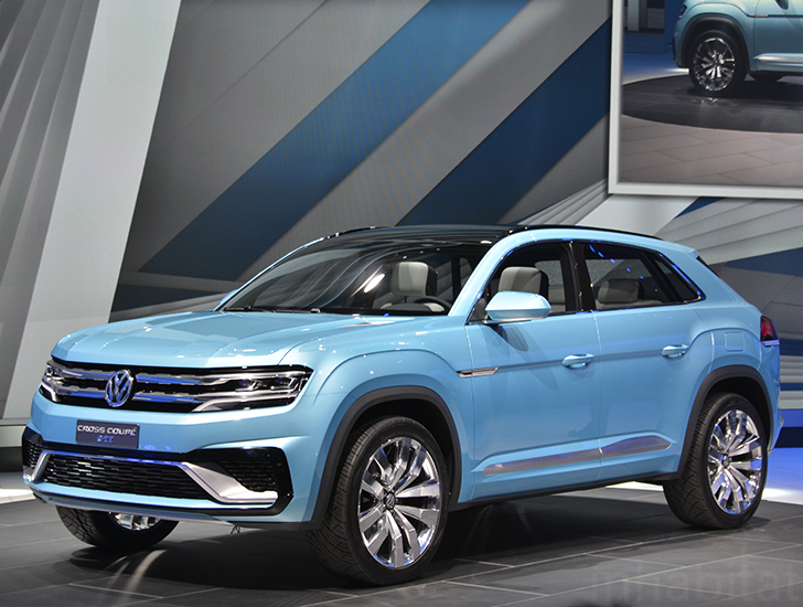 69928fc2b1 Volkswagen previews Cross Coupe GTE hybrid at the Detroit Auto Show