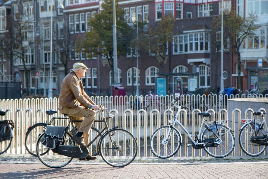 Amsterdam is out of bicycle parking spaces, so it's building 40,000 more