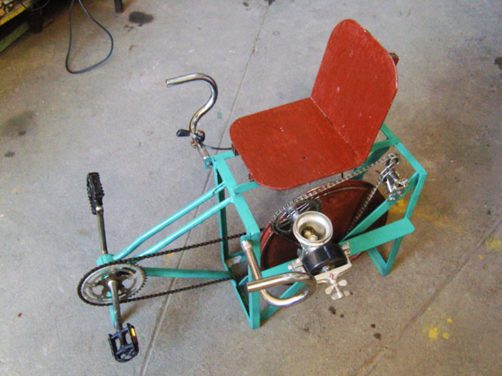 Maya Pedal Transforms Old Bikes Into Pedal Powered Water