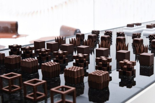 Nendo, sweet spot, Chocolatexture Lounge, Maison&Objet, Paris, chocolate-themed space, visitors lounge, brown furniture, sticks casacade installation