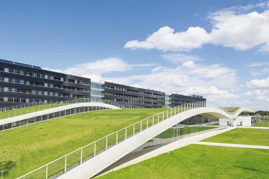 An Amazing 650 Foot Long Undulating Green Roof Tops This