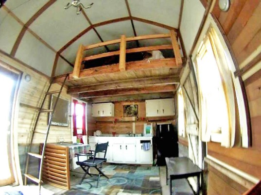 Central College, tiny home, tiny house, Ethan Van Kooten, Amy Andrews, Iowa, Pella, reclaimed materials, recycled materials, small house, tiny dwelling, plywood,
