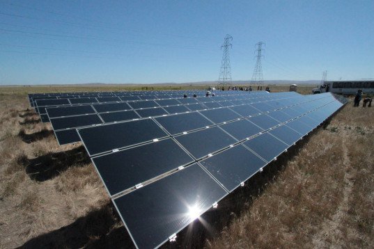 solar panels, California, California Flats, solar, solar energy, photovoltaics, solar array