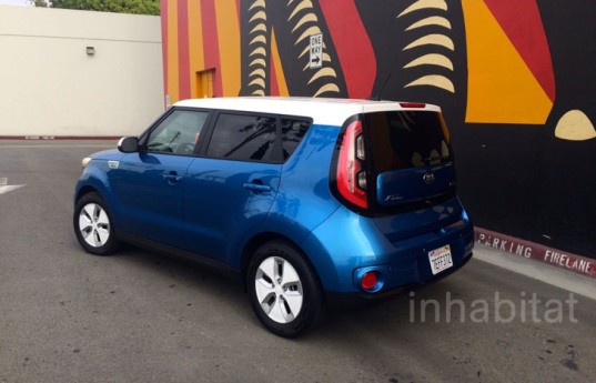 Kia, Kia Soul, Kia Soul EV, Kia electric vehicle, Soul EV, electric vehicle, green transportation, electric motor, green car, lithium-ion battery, car review, review