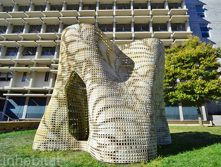 Bloom Pavilion, 3D printed building, 3d printed architecture, 3d printing, Emerging Objects, Ronald Rael, University of California Berkeley, Berkeley College of Environmental Design, sustainable design, green design, green architecture, green building, 3d printer