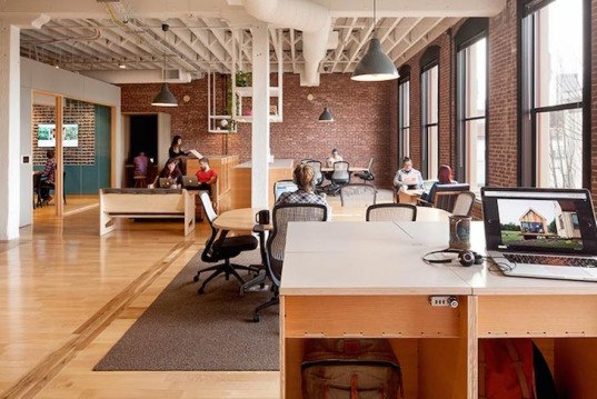 Airbnb, Portland, call center, Customer Experience center Portland, Airbnb Customer Experience center, Airbnb CX center, Airbnb office, Rachael Yu, Aaron Taylor Harvey, free design, open office, office,