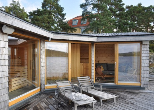 Saltsjobaden Sweden, Saltsjobaden architecture, Faltak, Faltak technique, 1912 Olympic Stadium, Murman Arkitekter, Murman Architects Sweden, timber clad, timber clad sauna, seaside architecture, unobtrusive architecture, Brenner Sauna sweden, Swedish architecture, Brenner Sauna,