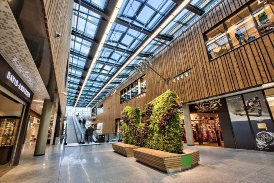 Fornebu S, shopping mall, Oslo, BREEAM Outstanding certification, BREEAM, green architecture, LED lights, solar cells, solar power, heat recovery, green roof, AMB Arkitekter, green shopping mall