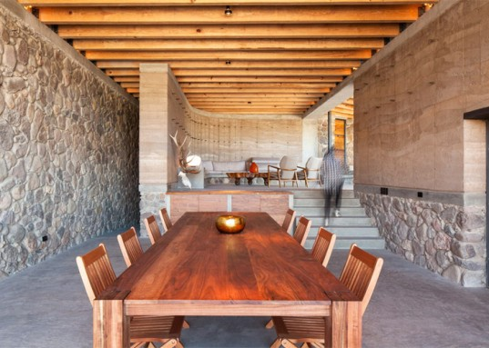 green design, eco design, sustainable design , rammed earth, The Cave, Greenfield, Maderas Del Carmen, Los Pilares,