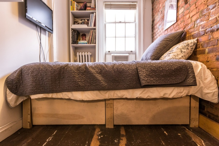 Mindfully Miniature 90 Square Foot Apartment Makes Smart Use Of Every Inch E