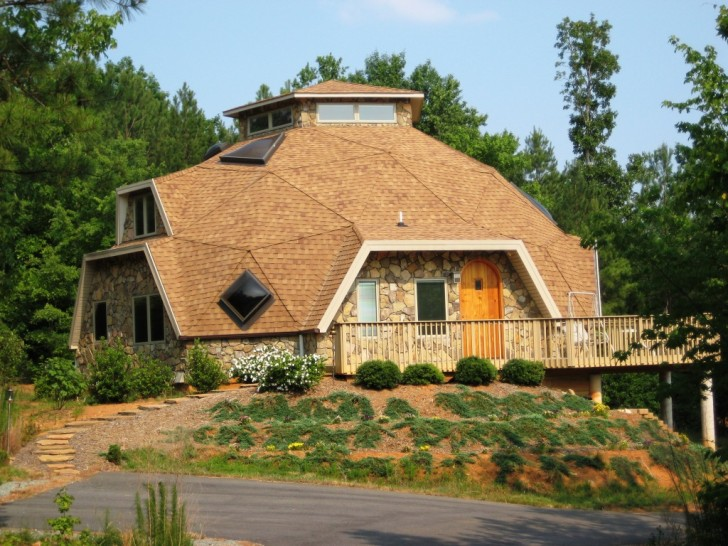 5 great reasons to build a geodesic dome home inhabitat for Geodesic home plans