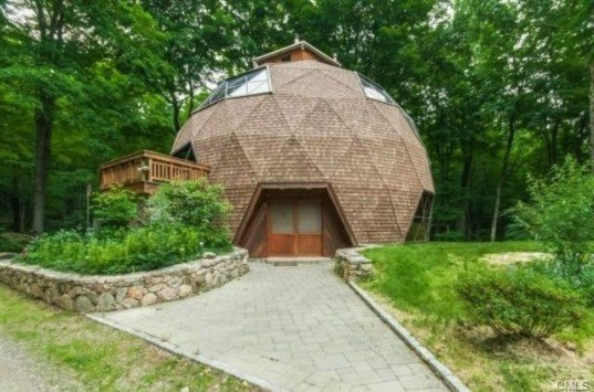 5 great reasons to build a geodesic dome home inhabitat green design innovation. Black Bedroom Furniture Sets. Home Design Ideas
