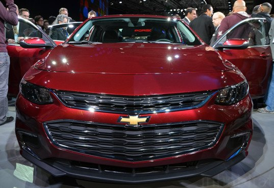 2016 Chevrolet Malibu, 2016 Chevrolet Malibu Hybrid, 2016 Malibu Hybrid, Malibu Hybrid, New York Auto Show, Chevy Malibu, Chevrolet Malibu Hybrid, Chevy Malibu Hybrid, hybrid car, green cars, green transportation, sustainable transportation, green vehicle, GM, general motors, chevrolet, chevy, NYIAS, NYIAS 2016