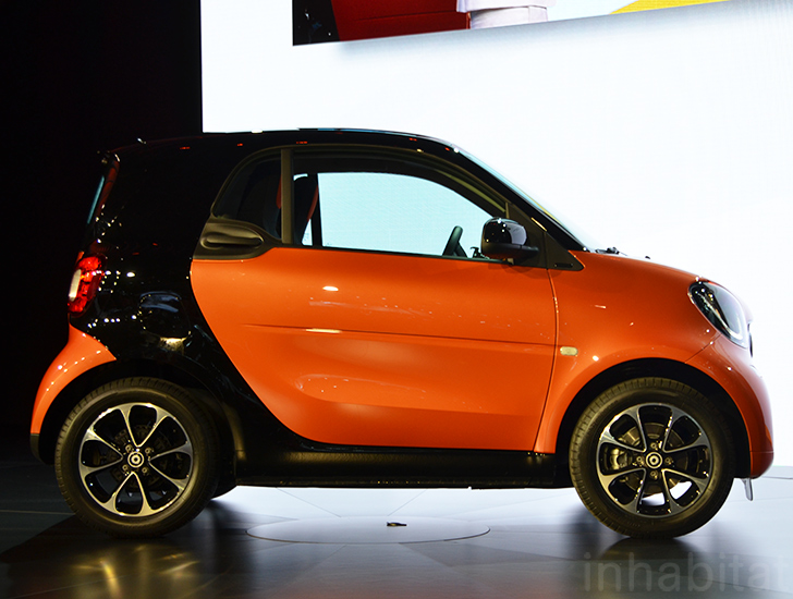 2016 Smart Fortwo Is A Tiny Super City Car With Lots Of Legroom