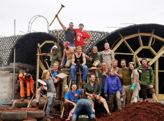 Earthship Cologne Building