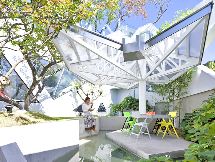 IROJE KHM's green-roofed house in Seoul blooms like a flower | Inhabitat -  Green Design, Innovation, Architecture, Green Building
