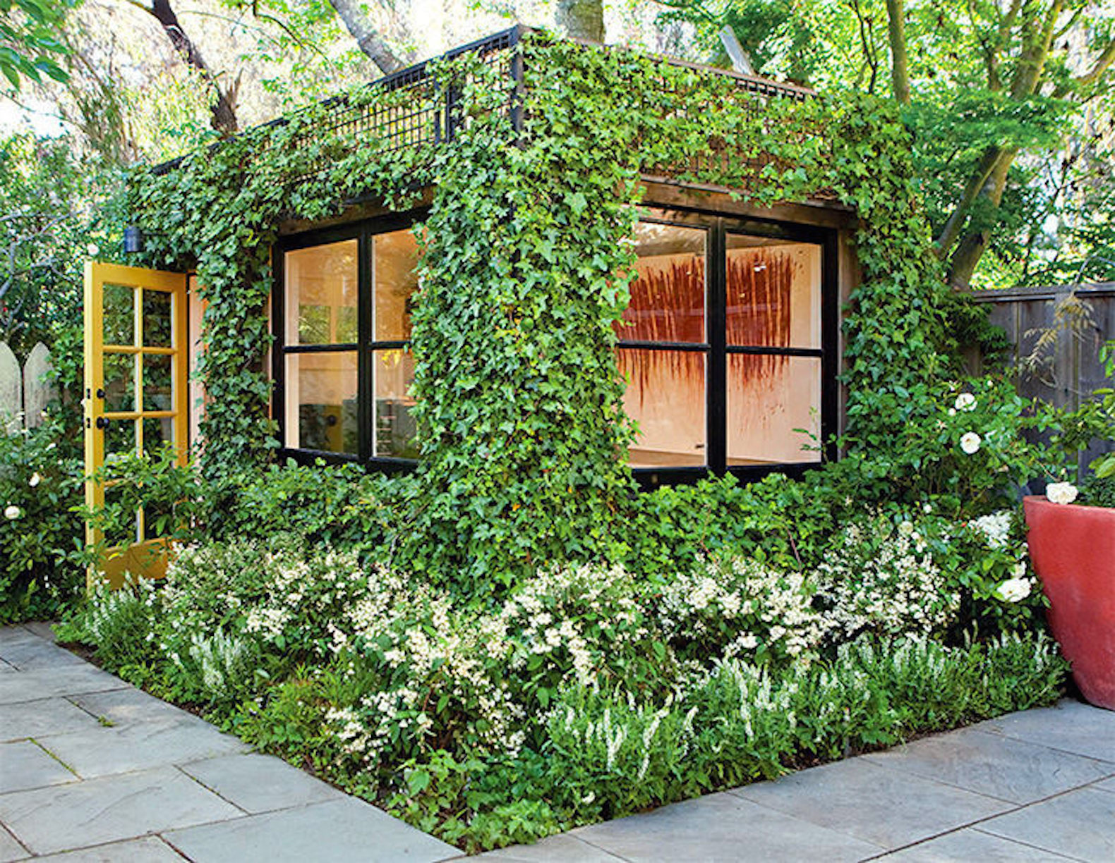 Delicieux This Lush, Green Backyard Office Is A Dream Artistu0027s Studio Hidden In A San  Francisco Garden