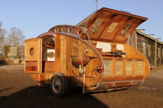 dave moult, teardrop trailer, steampunk, 19th century design, copper, leather, recycled materials