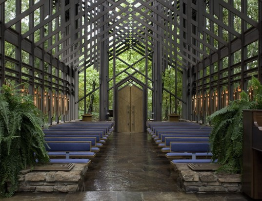 Thorncrown Chapel, Sainte Chappelle, Jim Reed, Ozark Mountains, Arkansas, AIA, American Institute of Architects, E. Fay Jones, Prairie school of architecture, frank lloyd wright, chapel