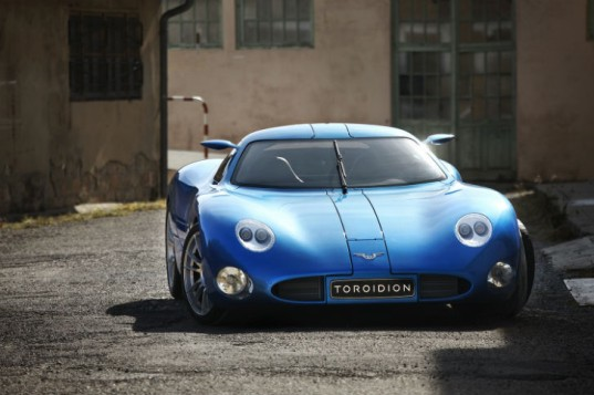 toroidion car, finnish concept car, electric concept car, toroidion concept car, battery swap, swappable battery