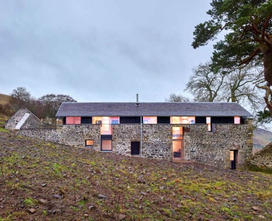 WT Architecture, The Mill, renovated mill, Scottish Borders, split levels, dramatic slope, Edinburgh Architectural Association Regeneration and Conservation Award, holiday home,