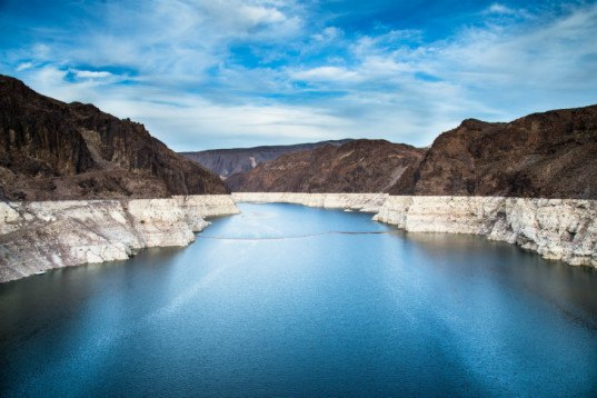 lake mead, nevada reservoir, Wally Hickel, hoover dam, pipelines, william shatner, california drought, climate change