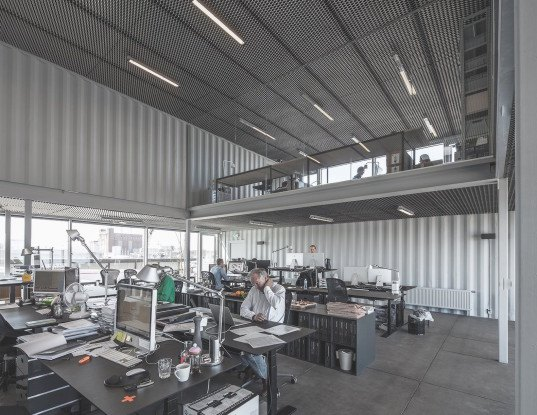 Arcgency, cargotecture, Nordhaven, shipping containers, shipping container architecture, Copenhagen, energy efficient office, cargotecture office, shipping container office, Unionkul office, Unionkul by Arcgency, natural daylight,