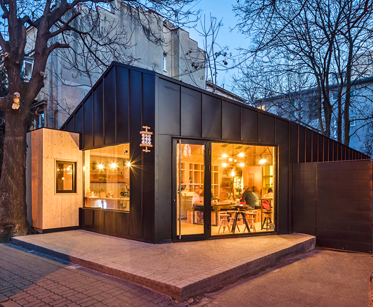 Contemporary Cabin Like Cafe Pops Up In The Heart Of Bucharest