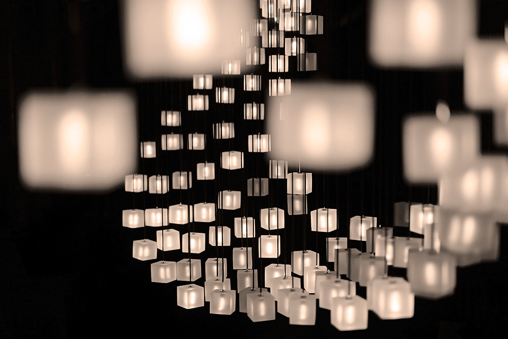 Graypants mobius lamp mimics flocks of starlings with sparkling