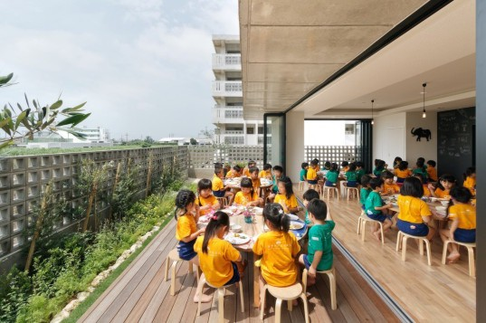 typhoons, Taiwan, Japan, children's architecture, architecture for kids, Japanese architecture, school design, school architecture, weather-related design, weather architecture