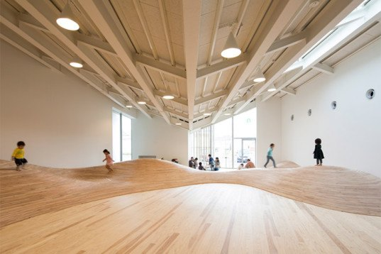 Kengo Kuma, community centre, Towada City Plaza, Japanese architecture, zigzag roof, Japanese cedar wood, playful design, kid-friendly design, wooden indoor landscape