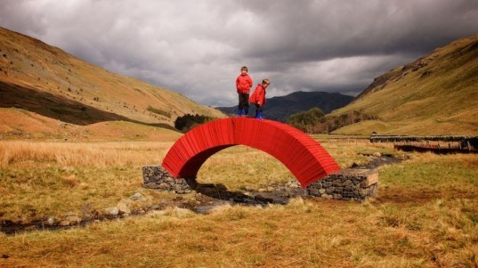 PaperBridge, Steve Messam, Lakes District, Lakes Culture, paper made of bridge, arch, green design, sustainable design, eco-design, packhorse bridge, traditional design, bridge made of paper, environmental art, recycling initiatives, eco art, green art