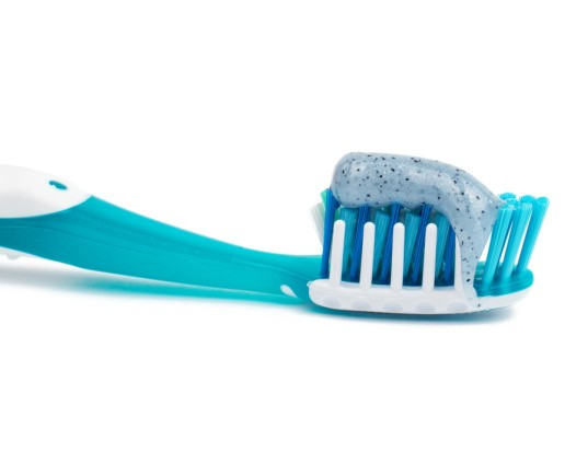 microbeads, water pollution, microbead toothpaste, microbead body wash, plastic waste, ocean plastic, california, california microbeads, microbead ban, environmental toxins