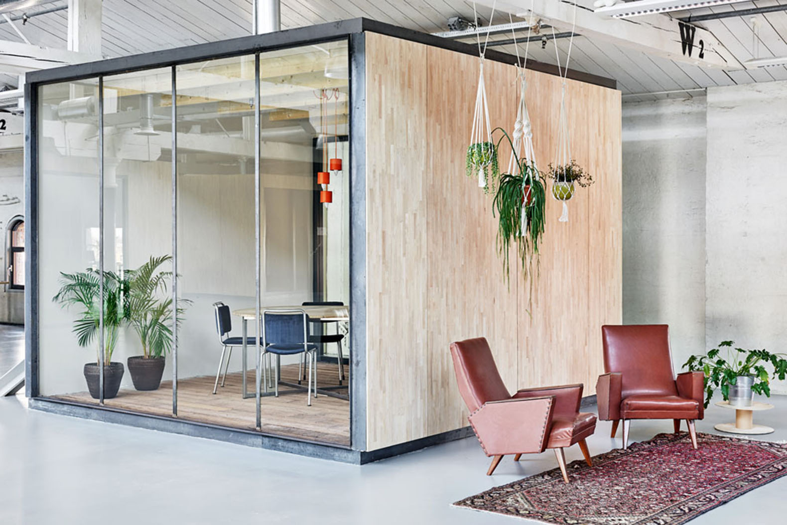 Fairphones Amsterdam Offices Built Inside An Old Warehouse Using Reclaimed Materials Fairphone Melinda Delst Interior Design And Studio Modderman