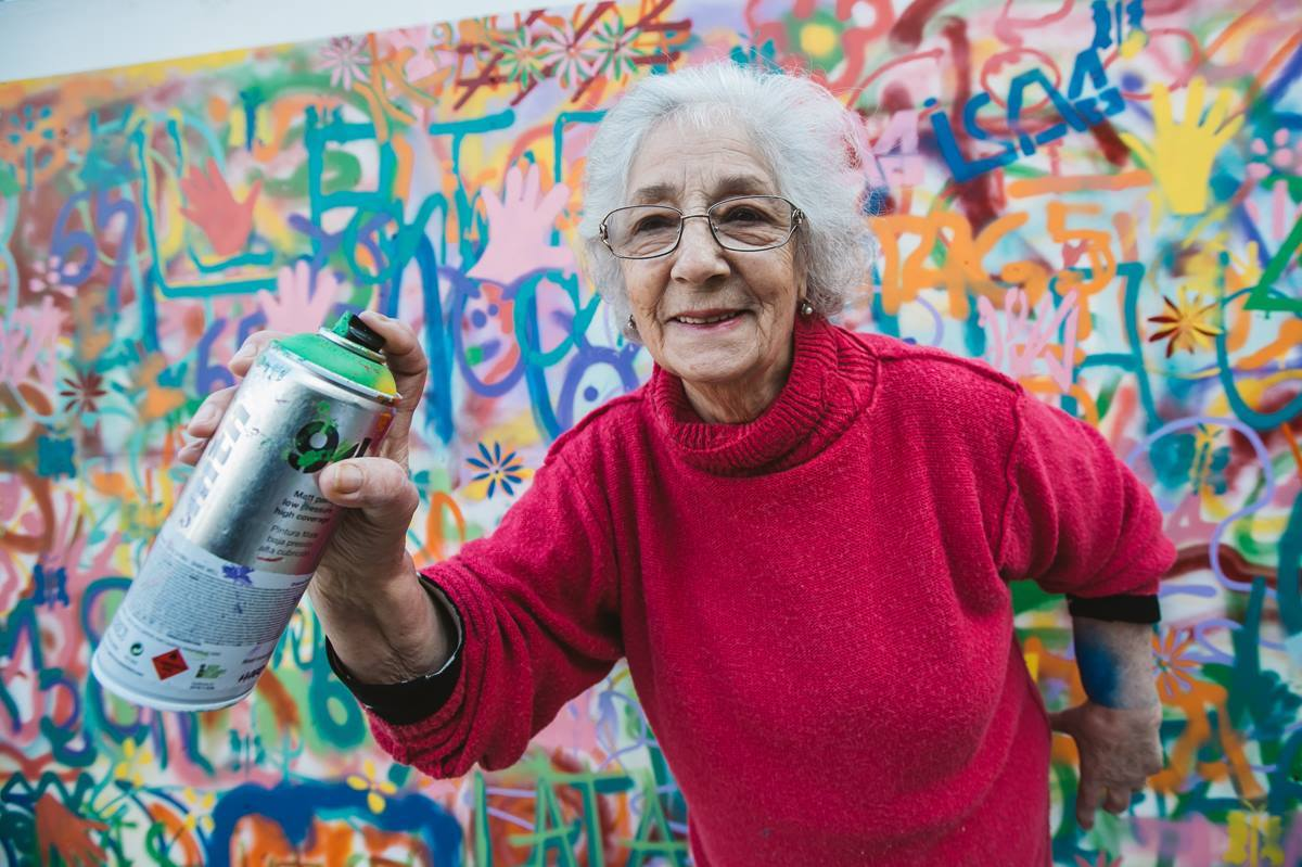 Hipster Grannies get some spray paint. This is what happens next