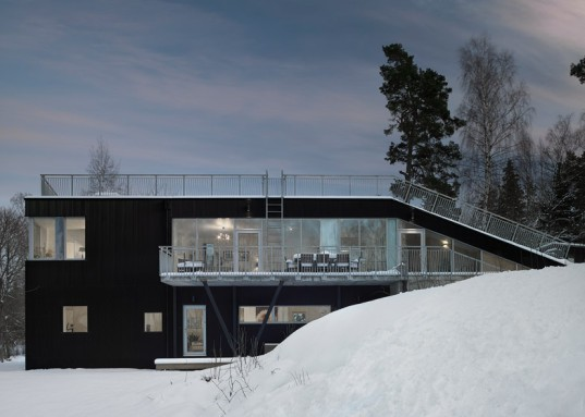 pulkabacken house, streetmonkey architects, rooftop sledding, rooftop hill, green roofs, swedish architecture, stockholm architecture, multifunctional architecture, multifunctional design