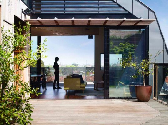 green design, eco design, sustainable design, Ruckers Hill House, Gardiner Architects, green roof, solar roof, Northcote Melbourne, thermal mass, thermal chimney