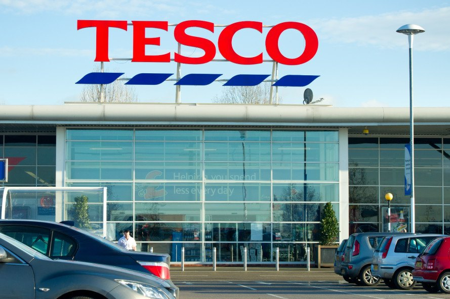 tesco is biggest supermarket Britain's biggest supermarket tesco is getting rid of best before labels on fruits and vegetables in a bid to help cut down on food waste while it's a bold move for tesco, other grocers.