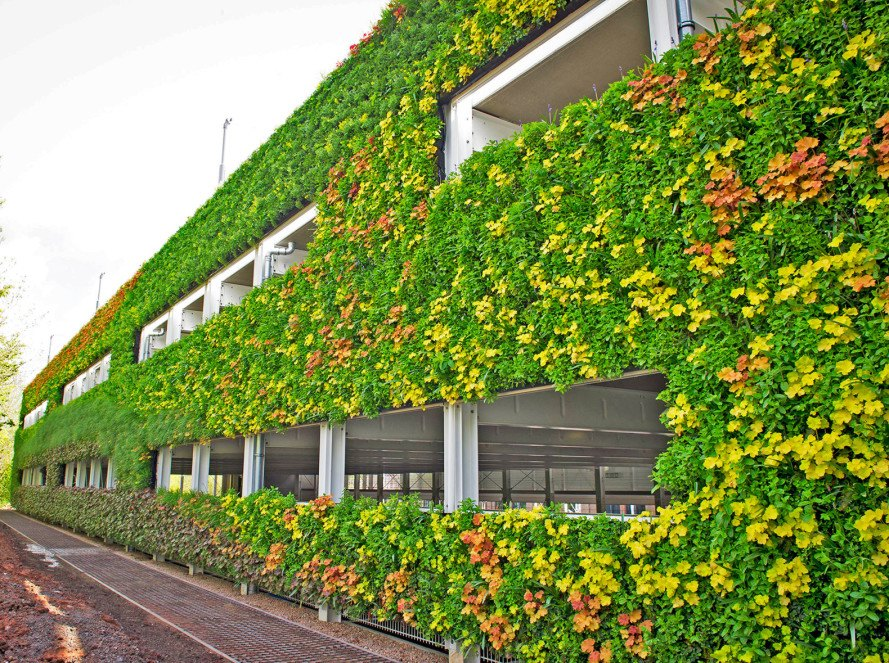 National grid unveils europe 39 s largest living wall - Building a living wall ...