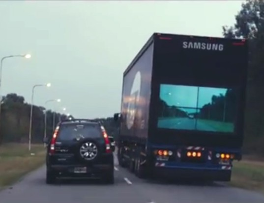 samsung, see through truck, safety truck, road safety, led screen, led monitor, traffic safety, argentina