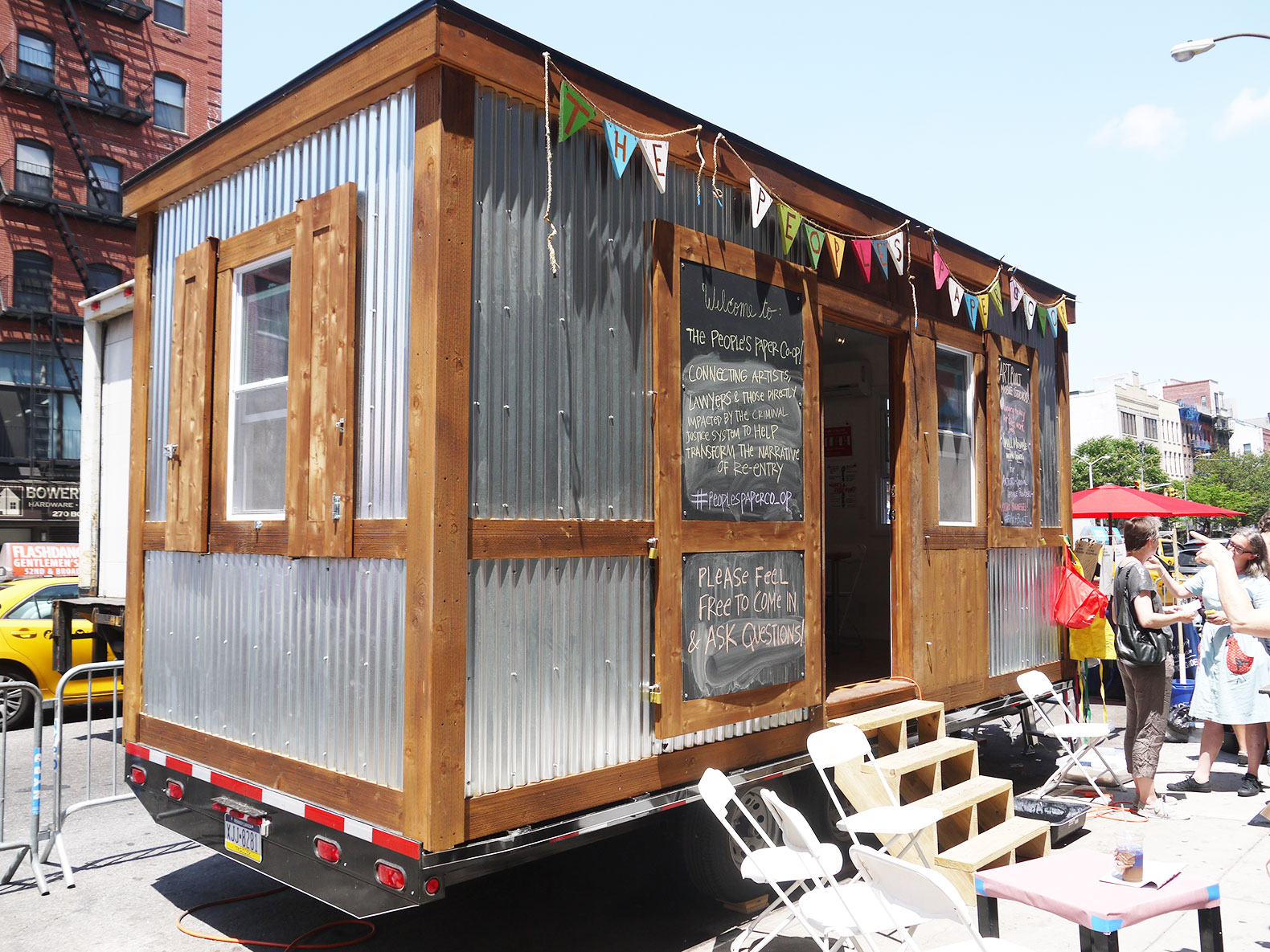 Artbuilt mobile studios give artists space to create and for Mobile studio